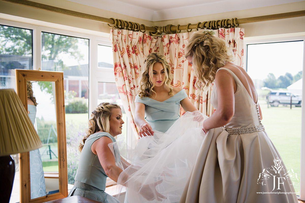 Suffolk Wedding Photographer | Justine Ferrari Photography