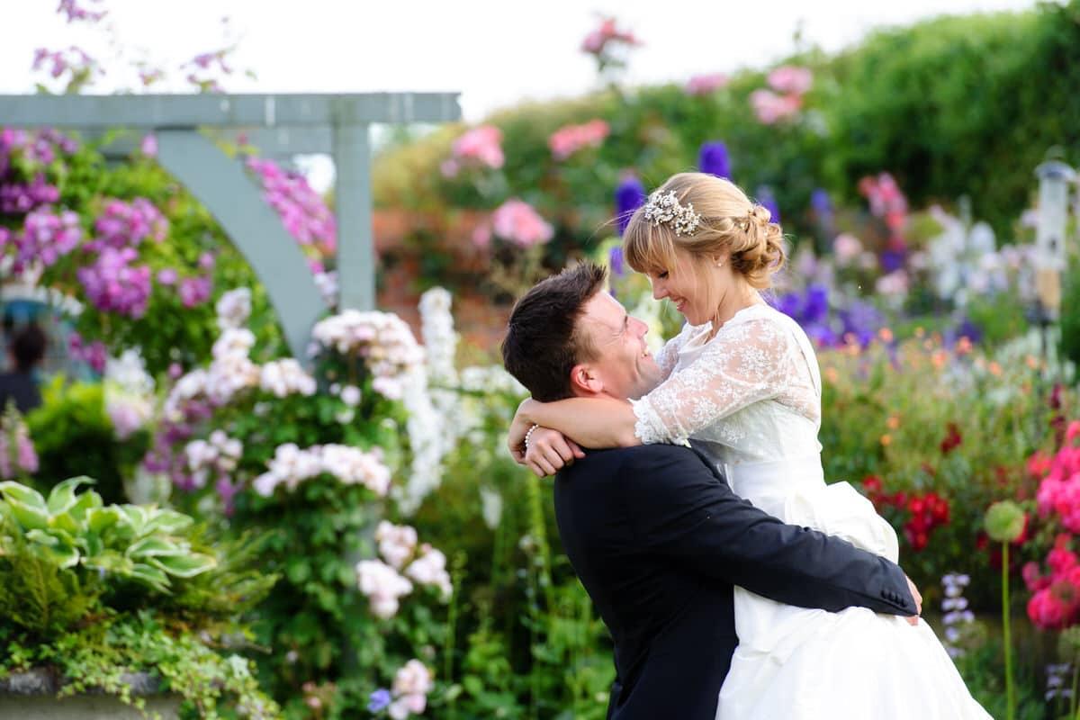 suffolk-marquee-wedding-photographer